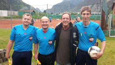 Die Meisterschaft geht in die finale Phase und Dr. Peter Lerchenmüller mit Jubiläum