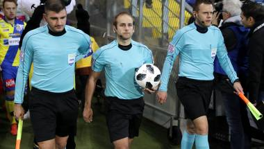 Elite-Referees in Barcelona im Trainingslager